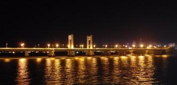 Blog publica foto com linda paisagem da ponte sobre o Rio São Francisco