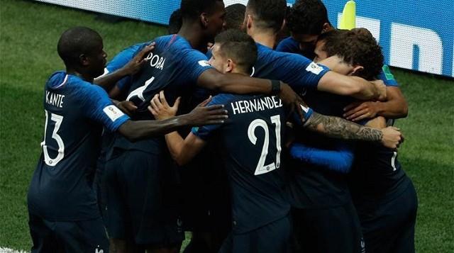 França goleia a Croácia e é bicampeã da Copa do Mundo 20 anos depois