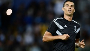 78655326_juventus_27-portuguese-forward-cristiano-ronaldo-warms-up-ahead-of-