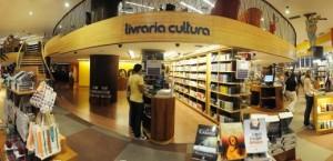 Domingão da Economia - Livraria Cultura Na foto: Vista panorâmica do movimento de leitores na livraria Foto: André Salgado, em 26/04/2012