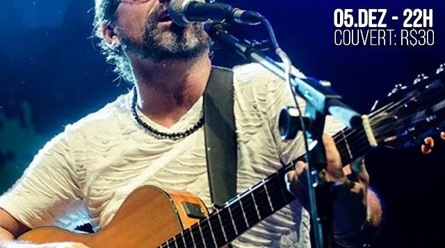 Cantor Pingo de Fortaleza faz show no Sesi do Rio Vermelho, em Salvador