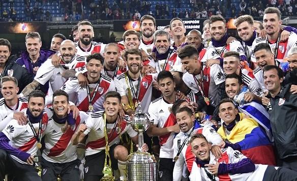 Na prorrogação, River vence o Boca e conquista a Libertadores