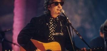 Em meio à pandemia, astro Bob Dylan lança música de 17 minutos; ouça