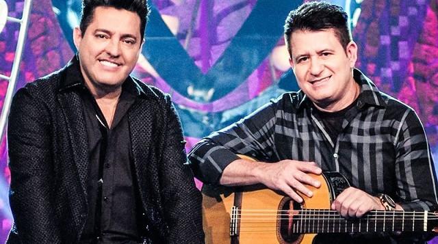 Destaque-Os-grandes-sucessos-da-dupla-Bruno-e-Marrone
