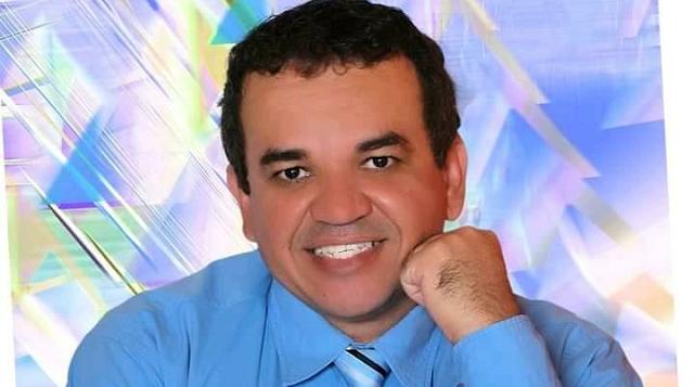 Entrevista com Ângelo Almeida, autor do livro Viva o Povo Capelense